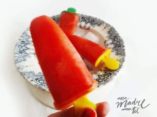 polos de fresa para niños