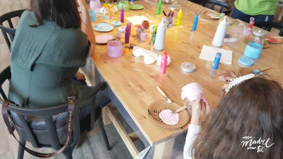 pintar botes de cristal con chalk paint