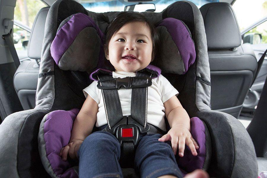 niños a contramarcha viajan seguros