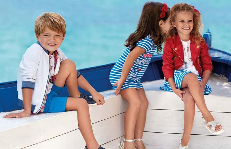 vestir a los niños conjuntados, ¿buena o mala idea?