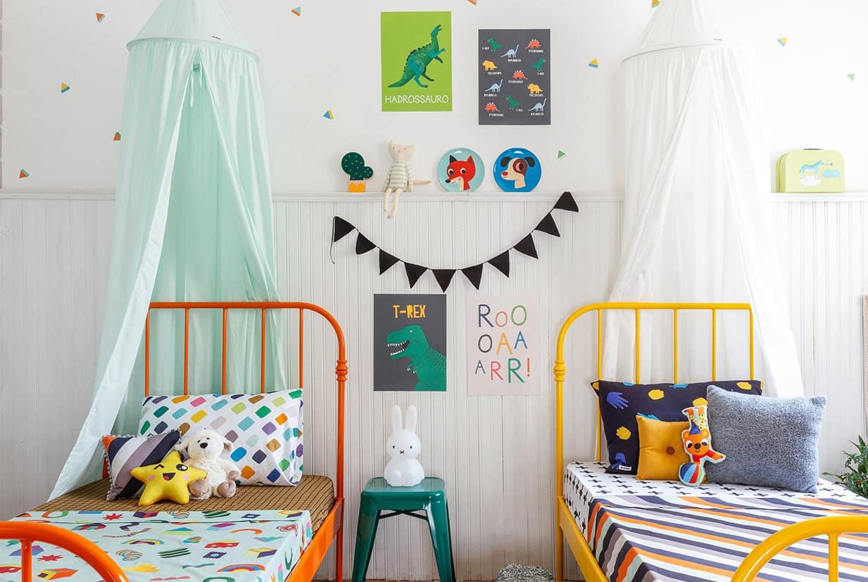 camas de colores