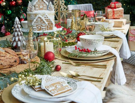 decoración mesas navidad dorada