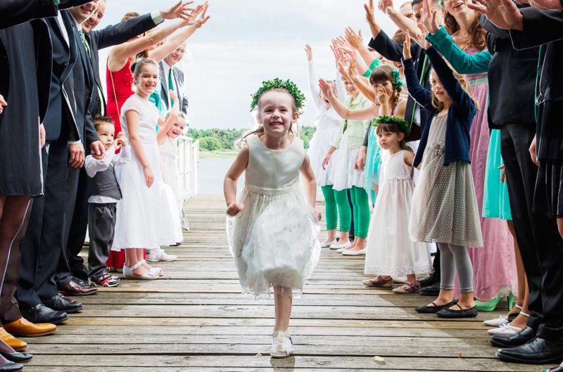 Niños en las bodas, si, gracias